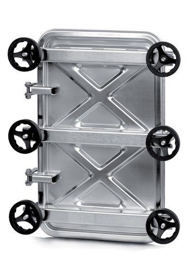Búvónyílás alsó négyszögletes 445 x 730 mm kifelé nyíló (6015C)